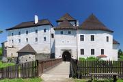 hrad a zámek v Nových Hradech 06-2010 panoráma