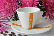 Tasse Kaffee und Blume 08-2012