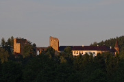 Sušice a hrad Velhartice 07-2013 panoráma