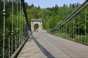 empírový řetězový most ve Stádlci