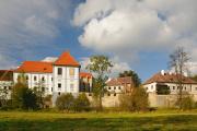 klášter Zlatá Koruna II
