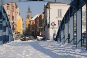 Zlatý most, Divadelní ulice a Černá věž