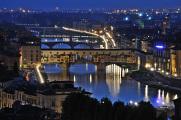 večerní řeka Arno a Ponte Vecchio V