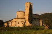 románský klášter Sant'Antimo