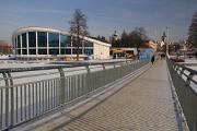plavecký stadion a Dlouhá lávka
