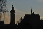 Schwarz Turm und Dominikanerkloster Silhouette