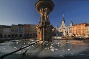 Samson Brunnen und Rathaus II