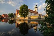 dominikánský klášter s Bílou a Černou věží II