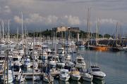 Antibes - přístav a pevnost Fort Carré