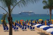 Cannes - soukromá pláž pod palmami II