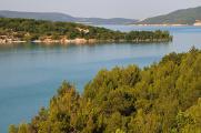 jezero Lac de Ste-Croix