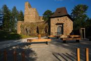 hrad Velhartice - vstupní brána II