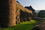 hrad Velhartice - hradby I