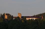 hrad Velhartice - večerní pohled