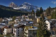 Le Tofane nad Valle d'Ampezzo