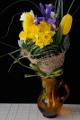 vázaná kytice - narcis, tulipán, frézie a kosatec II