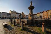 náměstí Přemysla Otakara II. a Samsonova kašna V