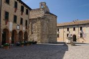 San Leo - Piazza Dante Alighieri - La Pieve a Palazzo Mediceo