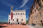 Gubbio - Piazza Grande - Palazzo dei Consoli