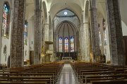 Ascoli Piceno - interiér kostela San Francesco