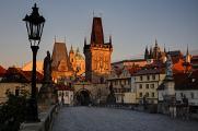 Malostranské mostecké věže a Pražský hrad z Karlova mostu I