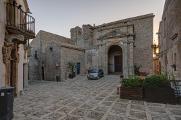 Erice - Piazza San Domenico a Chiesa di San Michele