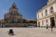 Piazza del Popolo a Chiesa di San Sebastiano