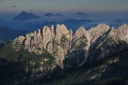 blízký hřeben Cime di Mezzodi a Dolomity Friulane I
