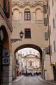 Mantova - průhled na Piazza Sordello