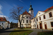 Břevnovský klášter I