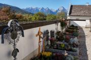 horské panorama ze hřbitova ve Voderstoderu