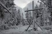 Antýgl - summit cross
