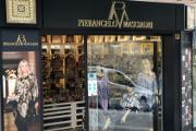 obchod s kabelkami a hedvábím Pierangelo Masciardi