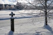 kamenný křížek u silnice nad Hojnou Vodou