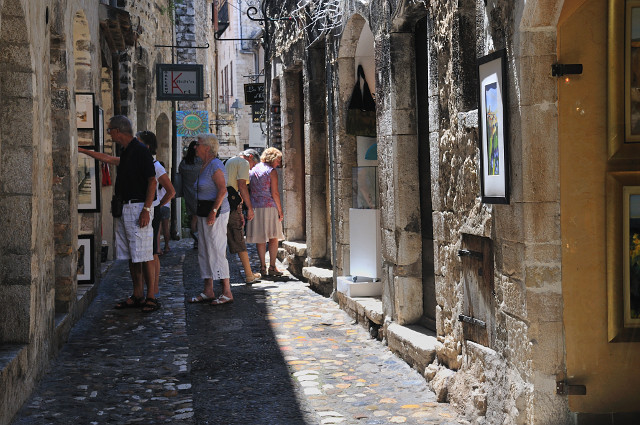 Culture in , France, visiting things to do in France, Travel Blog, Share my Trip
